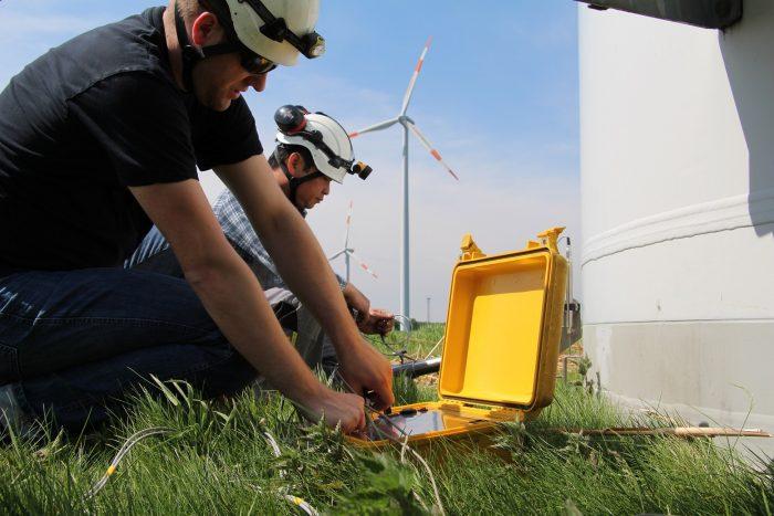 Prüfungen und Fristen von Windparks