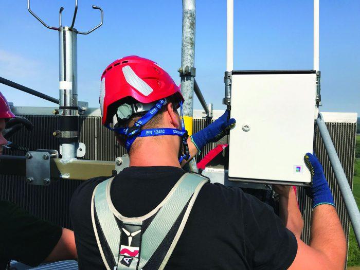Bedarfsgerechte Nachtkennzeichnung: In sieben Windparks, für die wpd windmanager die Betriebsführung macht, wurde die Testinstallation durchgeführt.