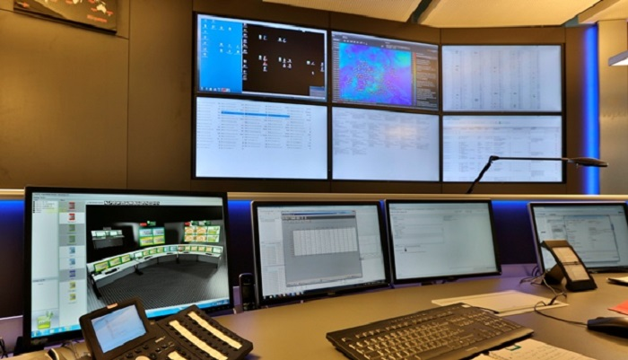All wind farms on the radar in the 24/7 control room